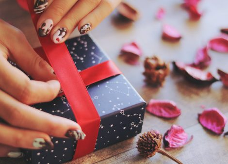 10代女子のプレゼント事情を調査!恋人、家族、友人にかける予算は?