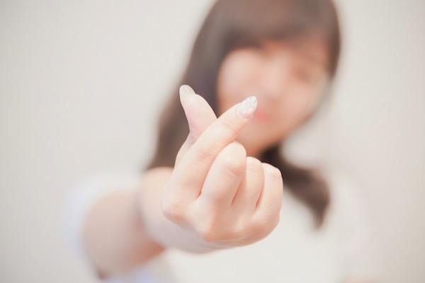 SNS・アプリで出会い、始まる恋愛もあり?【10代女子の恋愛調査!】